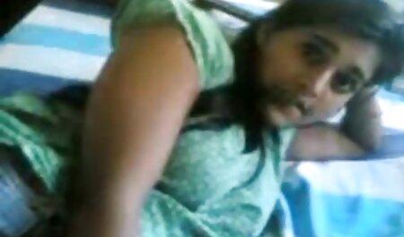 काली दास सारा बैंक मालिक द्वारा सेक्सी मूवी बीएफ फिल्म उसकी गीली चूत को चोदने के लिए पिंजरे से निकाला गया